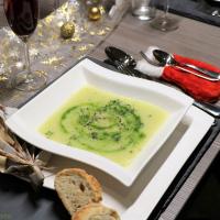 Kohlrabi-Suppe mit Kräuterpesto
