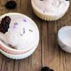 Lavendel-Ziegenkäse-Eis ohne Eismaschine