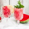 Wassermelonengranita mit Minze und Zitrone