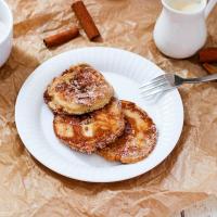 Apfelküchein mit selbstgemachter Vanillesoße