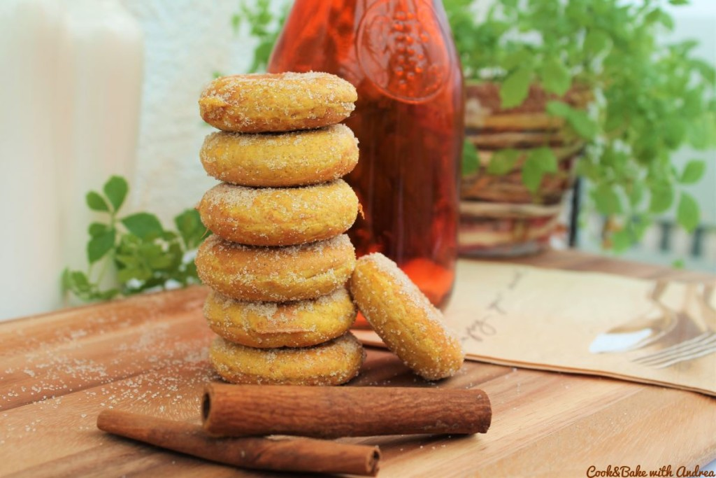 cb-with-andrea-mini-kuerbis-donuts-selber-machen-rezept-kuerbiszeit-herbst-www-candbwithandrea-com