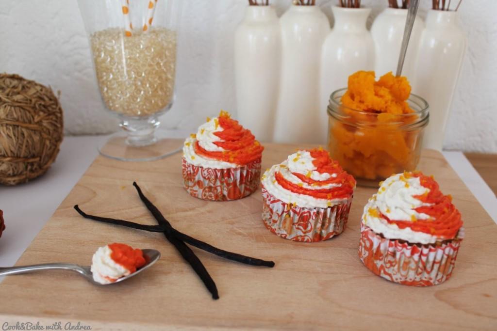 cb-with-andrea-pumpkin-pie-cupcakes-rezept-kuerbiszeit-herbst-www-candbwithandrea-com