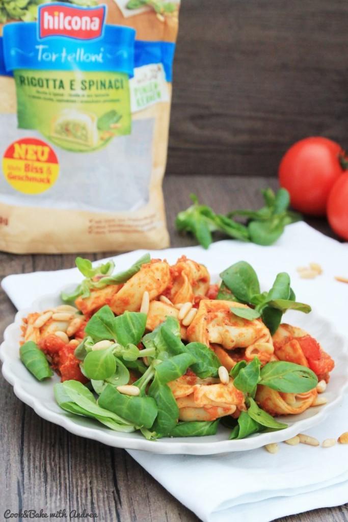 cb-with-andrea-mediterraner-tortellini-salat-pasta-classica-von-hilcona-www-candbwithandrea-com1
