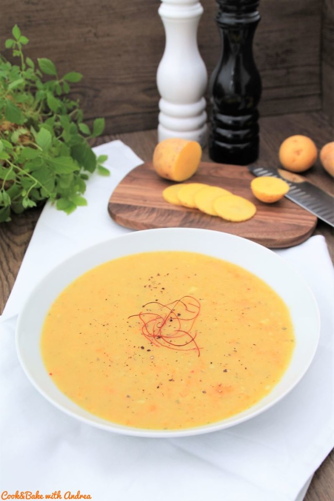 cb-with-andrea-klassische-kartoffelsuppe-vegan-rezept-herbst-www-candbwithandrea-com
