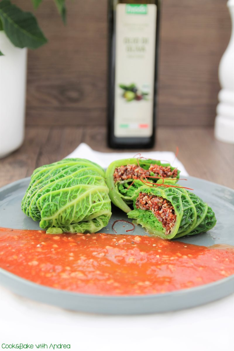 cb-with-andrea-wirsingroulade-mit-quinoa-und-tomatensauce-rezept-veganes-weihnachtsmenue-www-candbwithandrea-com
