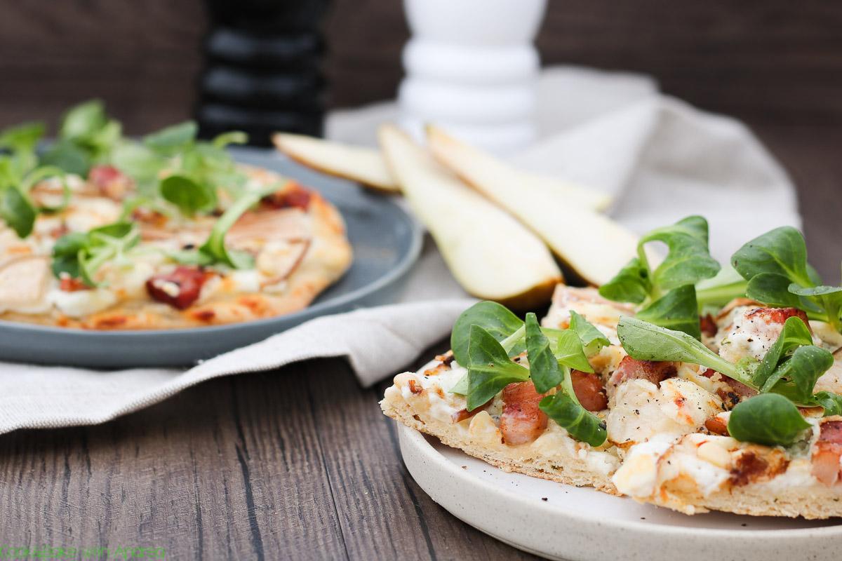 cb-with-andrea-pizza-mit-ziegenkaese-birnen-und-speck-rezept-www-candbwithandrea-com2